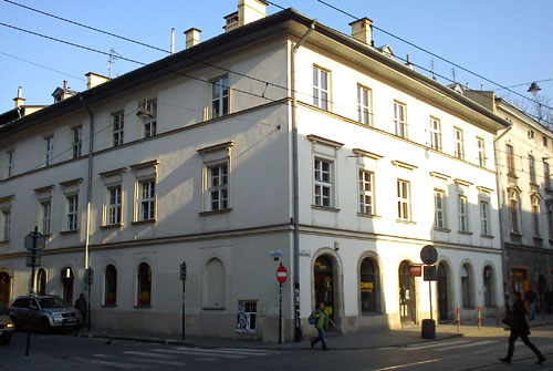 Reclaiming Jewish Property In Krakow The Krakow Post - Smart-modern-residence-in-poland