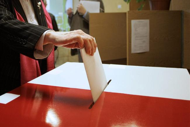 Polish ballot box
