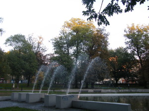 Kraków_-_Park_Krakowski,_fontanna_AL01
