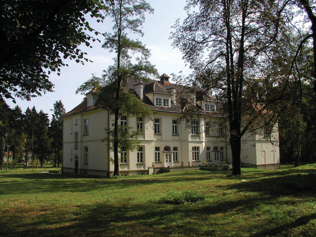 A building on the campus of Babinski Psychiatric Hospital