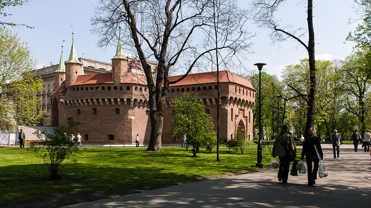 The roads around Planty Park in the centre of Krakow will be undergoing further renovations next month