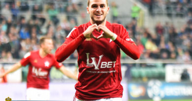 Jesus Imaz celebrating his first goal of the season (phot. Wisła FC)