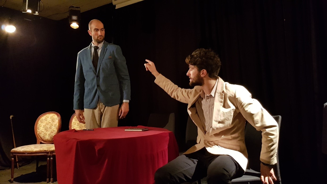 Algernon (Piotr Malasiński) faces off with Ernest (Kiril Denev) in a battle of wits