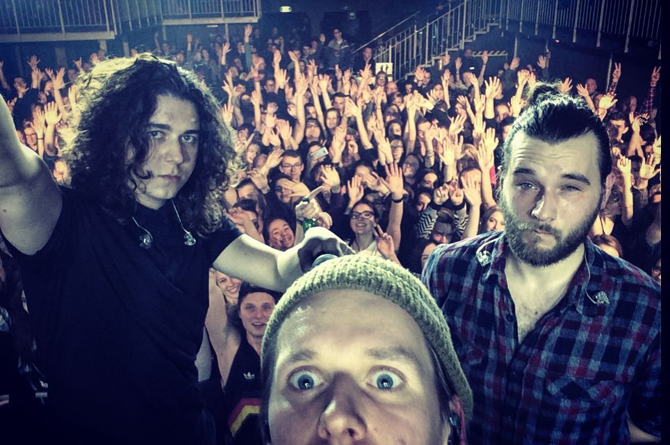 Terrific Sunday snags a selfie with fans at a gig in Katowice (via their Instagram)