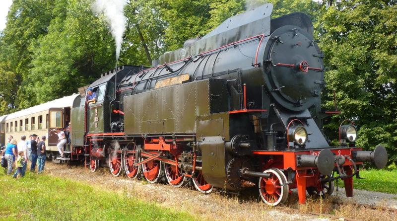A retro PKP cargo train (phot. Trzewik)