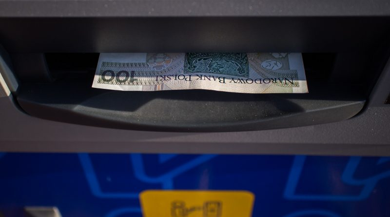 Opening a savings account in Poland: What you need to know