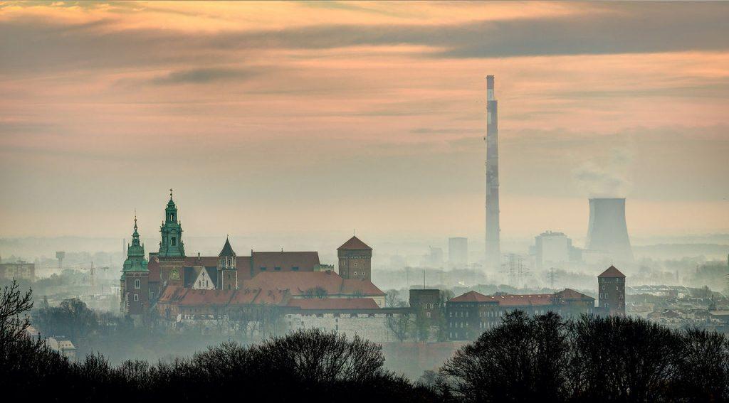 Krakow under heavy smog (phot. Jarek Ciurus)