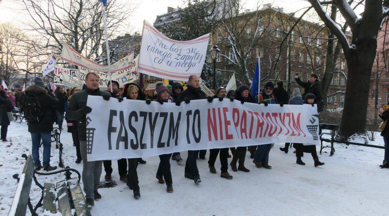 Anti-fascist March Krakow (phot. Agnieszka Kwaśniewicz/KOD_MAŁOPOLSKIE)