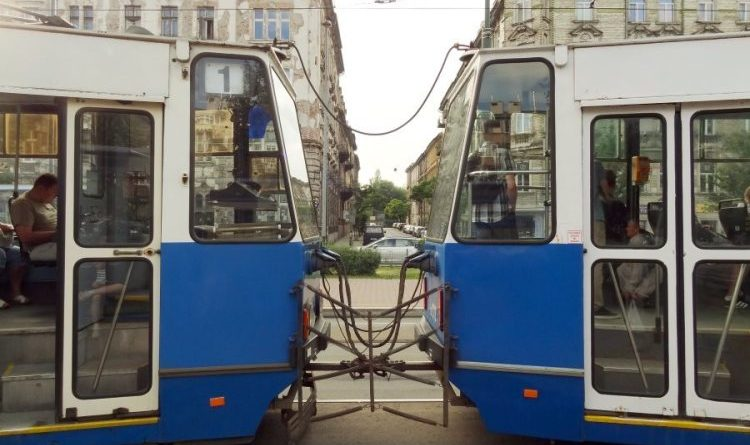 Krakow trams and bus changes over the long weekend