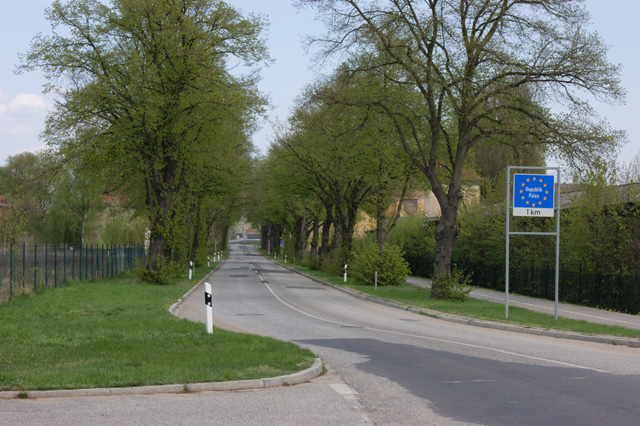 Near a border crossing between Poland and Germany (phot. Gregory Smith)