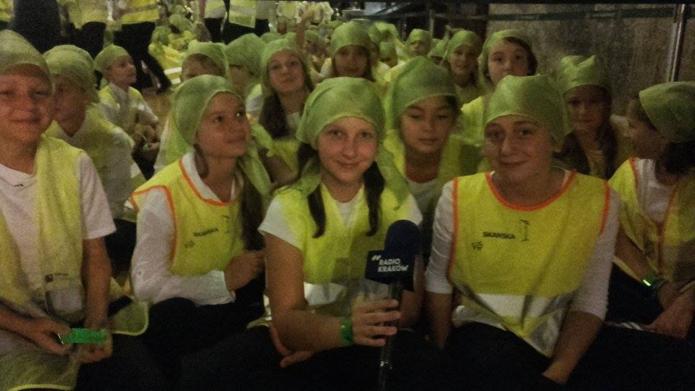 Krakow News 8 September 2016: Gestapo victims remembered / Smog mapped / Refugees return home / Students set world record at Salt Mine
